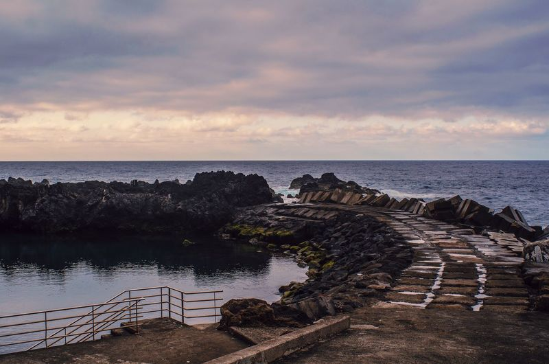 Outdoors Outdoor Landscape Rocks And Water Rock Beach Sea Seascape Island Madeira Madeira Island Madeira Islands, Portugal Sunrise Sunrise_Collection Light Bay Bay Of Water Sky Cloud - Sky Clouds Clouds And Sky