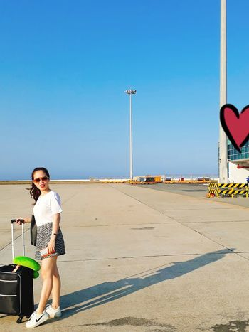 Travel Traveling Hollidays Cute Airport Golf Club Full Length Portrait Tourism