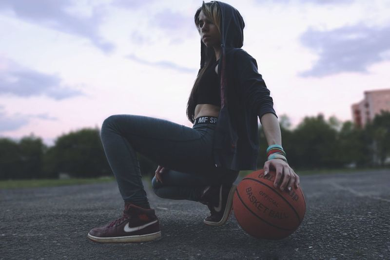 Only Women Sport People Young Women Athlete Day Human Body Part Sky Basketball One Person Iam Basketball - Sport Adult One Woman Only Adults Only Leisure Activity Fashion One Young Woman Only Lifestyles Outdoors Women Sports Clothing Young Adult