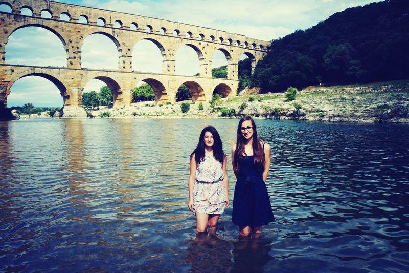 Dans L'eau Avec Ma Meilleure Amie ❤ Nîmes Beau Temps