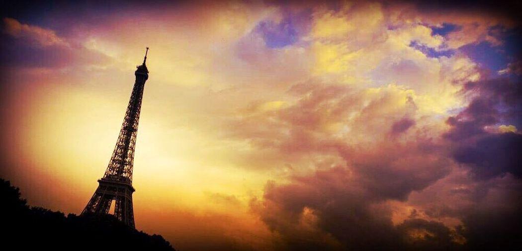 #Dear Tour Eiffel Paris