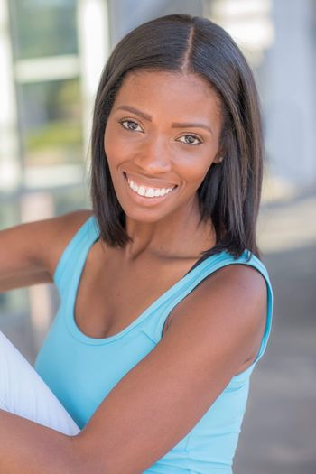 Classic outdoor headshot Smiling Smile Actor Headshot African-american EyeEm Selects Looking At Camera Portrait Women Smiling One Person Young Adult Hairstyle Day Casual Clothing Beautiful People Beautiful Woman Healthy Lifestyle Beauty Emotion Young Women Adult Happiness Lifestyles