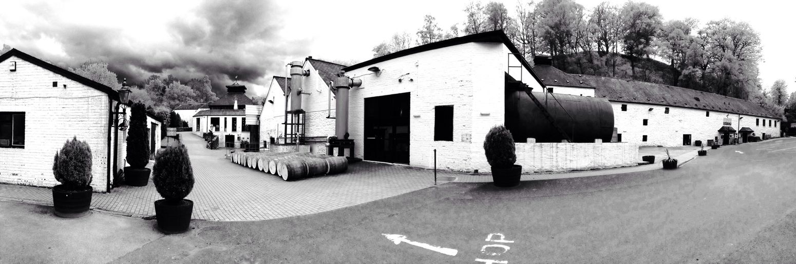 Whisky Famousgroosedistillery Panorama Black & White