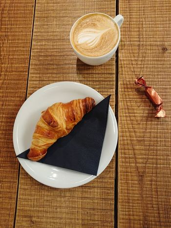 Breakfirst goals... Onthetable Breakfirst View From Above Mobilephotography EyeEm Selects Amsterdam Croissant Drink Plate French Food Table Frothy Drink Coffee - Drink Bread High Angle View Coffee Cup Still Life