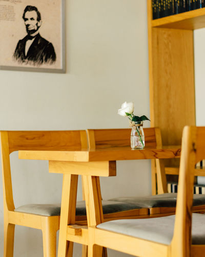 Trung Nguyen Coffee Cafe Chair Flower Flowering Plant Frame Furniture Indoors  Lovely No People Plant Table Vase Wood - Material