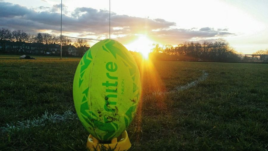 Green Color Rugby TIME Rugbyplayer RugbyIsLife Rugbytown London Uk England Grass Nature Sky Sunset No People Outdoors Day
