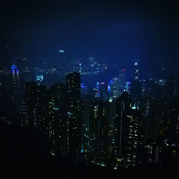 1st photo captured with huawei P9 Plus pro-mode, thick fog that night, but didn't reduce my passion in taking some pictures with my new phone~cheese😁😁 My Year My View Victoria Peak HongKong MySight Nightview Thickfog HuaweiP9PlusLeica Huaweip9pluspromode Promodecaptured