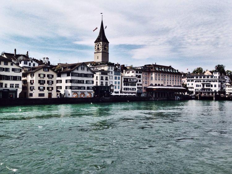 Zürich. Vscocam Enjoying Life Streetphotography Architecture Zürich Switzerland