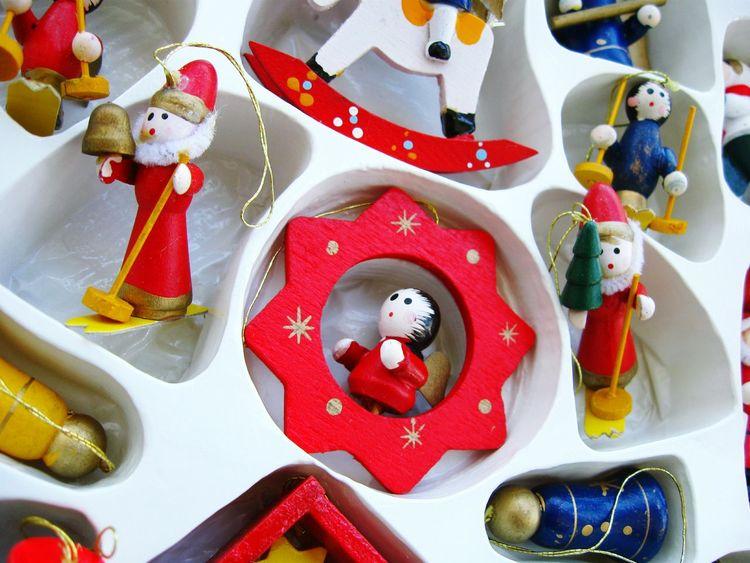 Vintage Christmas decorations! Unykaphoto Christmas Christmas Decorations Vintage Christmas Decorations Christmas Ornaments Christmas Spirit Wood HolidayMarketing Christmas Decoration Christmas Ornament