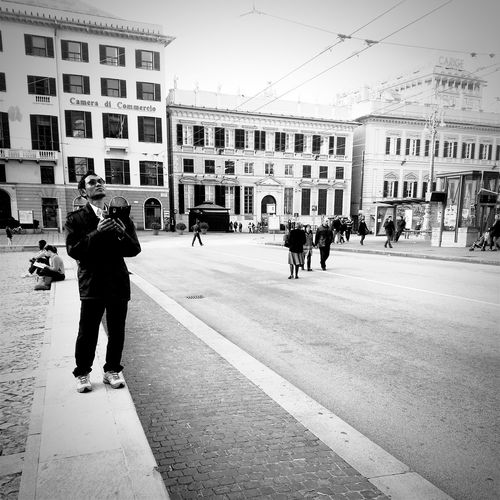 Streetphotography Monochrome Bw Blackandwhite Black & White Black And White Photography Black And White Streetphoto_bw Street Street Photography