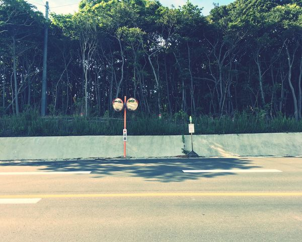 Bus Stop Mirror Road Forest Clean No People Only Me The Scenery That Tom Saw Tomの見た世界 IPhoneography Japan