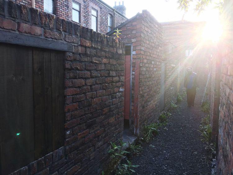 Behind the Rovers Alleyway Back Passage EyeEm Best Shots Coronation Street Brick Wall Tv Set Red Brick EyeEm Gallery Eye4photography  Glare Sunlight