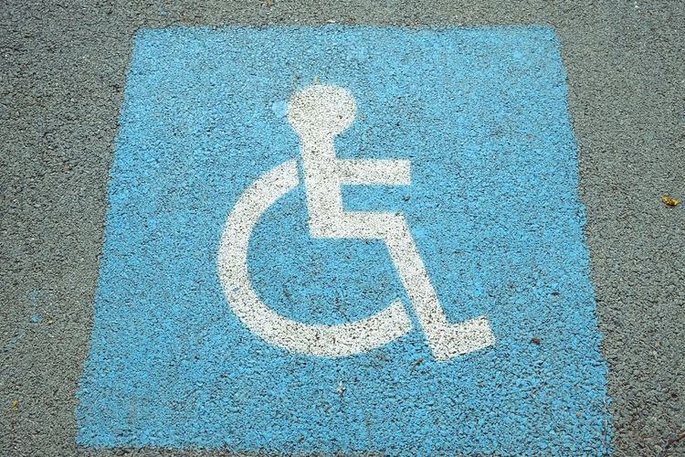 wheelchair sign Road Sign Close-up No People Outdoors Parking Sign Road Sign Wheelchair Wheelchair Access Wheelchair Sign