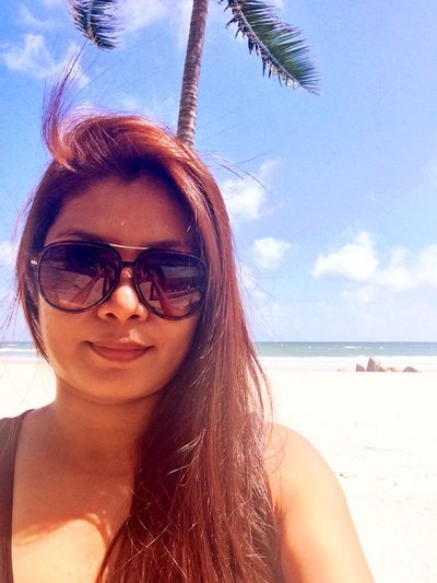 Selfie by the Beach Life Is A Beach Seaside Holiday Beautiful Surroundings Soft Sand Sunny Day Paradise Me Myself And I