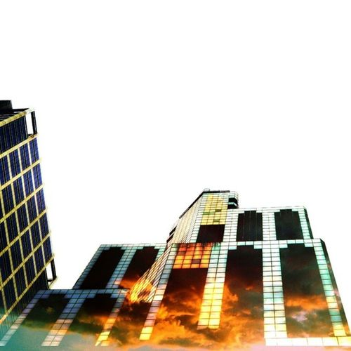 Skyscraper. Get it? :P @tmonty73 's shot. Skyscraper Madewithmeld Meld @madewithmeld Color tmontyspecial light sky picturemysky clouds city windycity chicago building surreal superimpose nikon nikond3200 d3200