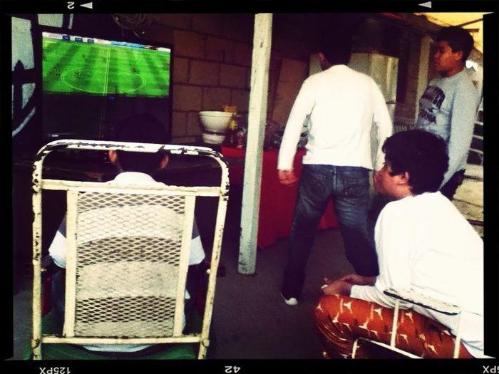 Jugando Fifa Con Los Primos