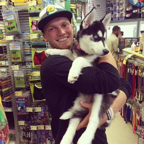 What does a baseball team do while being rained out of tourney games.... 👍🐕🐶💜 ZachPate Petstore Shopping NewBestFriend BaseballTournament BadWeather dogsofinstagram