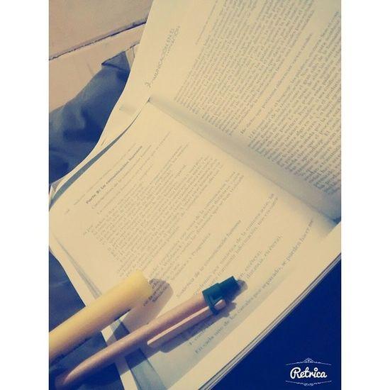 Primer lectura del segundo semestree Law Derecho Estudiando Frio retrica l4l like InstaTemuco instanight @rc_apps rcnocrop