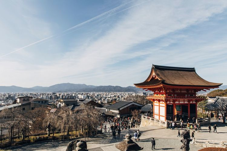 Architecture Built Structure Building Exterior Sky Outdoors Travel Destinations Large Group Of People Day Mountain City Cityscape Nature People OSAKA Kyoto Kyoto,japan Kyoto City Ninenzaka