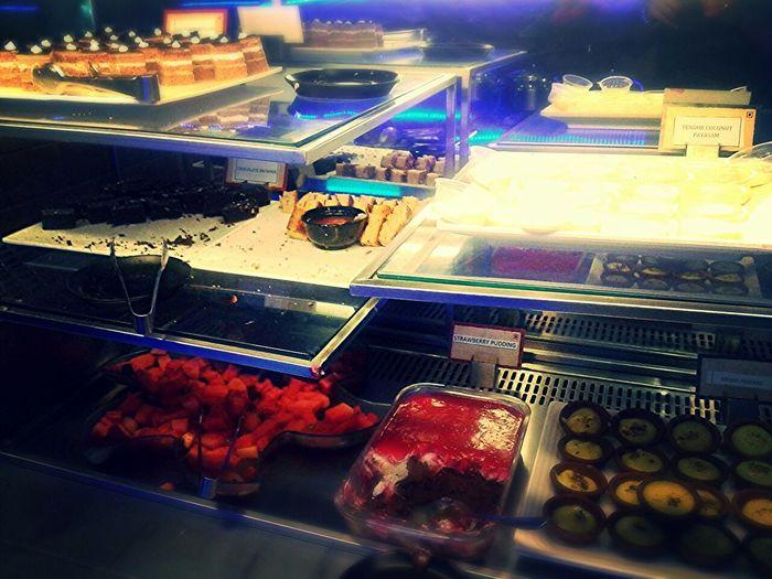 Food Porn Awards Icecream Cake Ilovebuffets Fruitsalad Desserts Poticecream