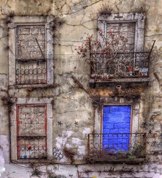 Lisbon Portugal Blue Door Old Architecture Perfect Imperfection Old Buildings Blue Balcony