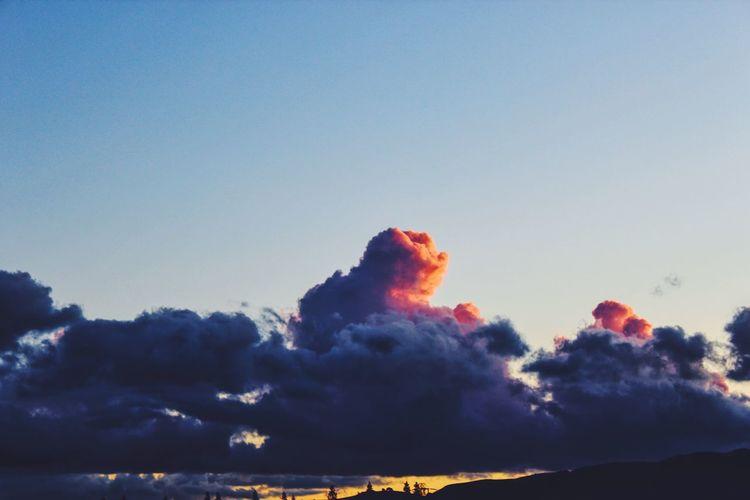 little bear cloud Sunset Colors Clouds Cloudporn Cloudshapes
