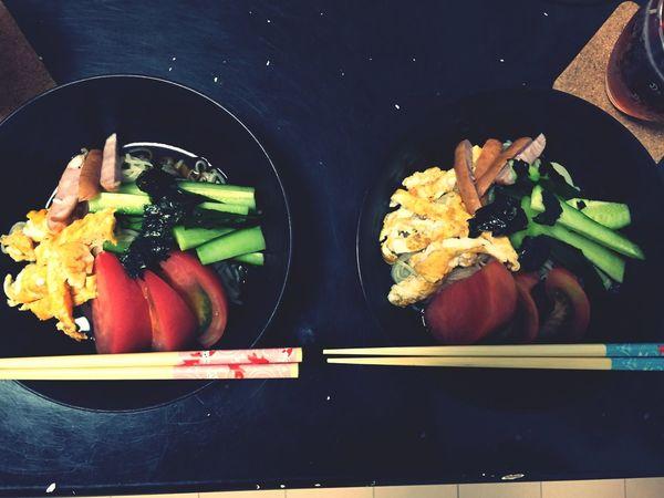 冷やし中華はじめました この間の夕ご飯 冷やし中華 きゅうり デカすぎ 料理できるようになってきた