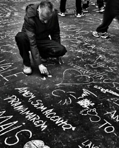 Message! 💚 Streetphoto_bw Monoart NEMstreet Blackandwhite Street Photography Untold Stories