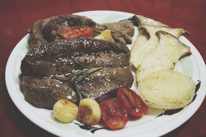 Beef Steak Gooood 맛나넹