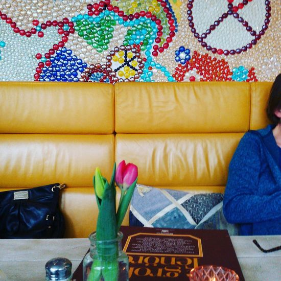 Peacetanbul Indoors  No People Multi Colored Architecture Day Restaurant Leather Leathercouch Urban Comfy  Flower Table Wallpaper Walldecoration Glass Glassstone Peace