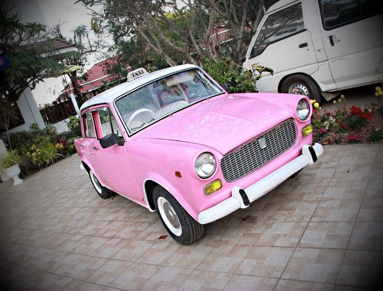 Missing Car Beautiful Car Car Day Drive Historical Taxi Millenium Car Millennial Pink No People Old Taxi Outdoors Pink Car Pink Color Pink Objects Pink Taxi Power Of Pink Pınky Taxi Vintage Car Vintage Taxi Millennial Pink
