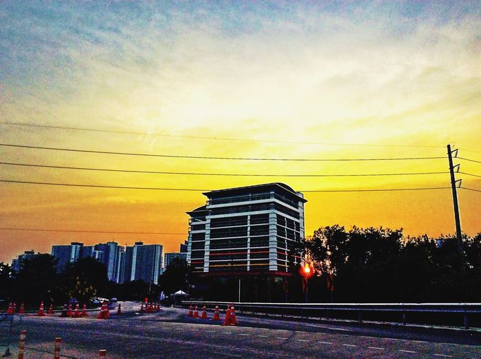 Mrta Skyscrapers Building Myoffice Eye Em Around The World Architecture Construction Sunset Clouds And Sky Taking Photos