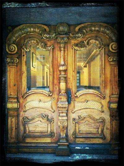 Grandiose Door