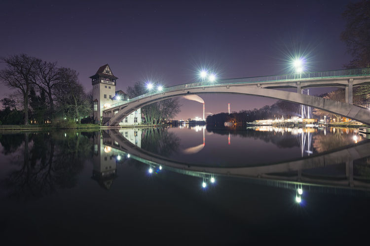 Architecture Berlin Bridge - Man Made Structure Brücke Building Exterior Built Structure City Clear Sky Hauptstadt Illuminated Insel Der Jugend Long Exposure Nachtaufnahme Nature Night No People Outdoors Partylocation Reflection Sky Spree Tree Treptow Water Waterfront