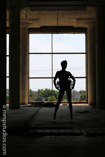 @melvinmaya @mmpstudios_com Followme Photoshoot Photography Model Locationshoot Silhouette Tutu Heels HighHeels Abandonedbuilding Warehouse Galveston Texas People Random Shadows Artistic Strikeapose
