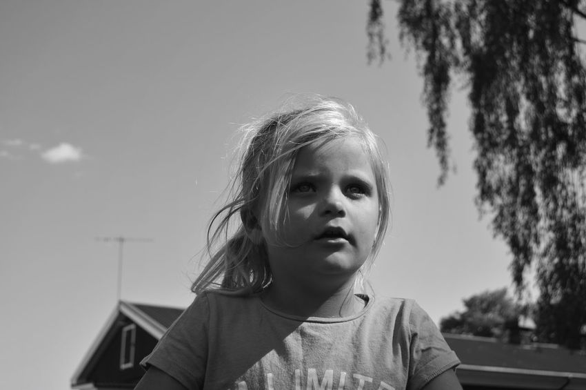 Monochrome Blackandwhite City Location Park - Man Made Space City Park Sunlight City Portrait Hairstyle Standing Child Childhood Girls Headshot Portrait Human Face Front View Sky Close-up Thoughtful Day Dreaming Pretty Thinking Head And Shoulders #FREIHEITBERLIN The Portraitist - 2018 EyeEm Awards