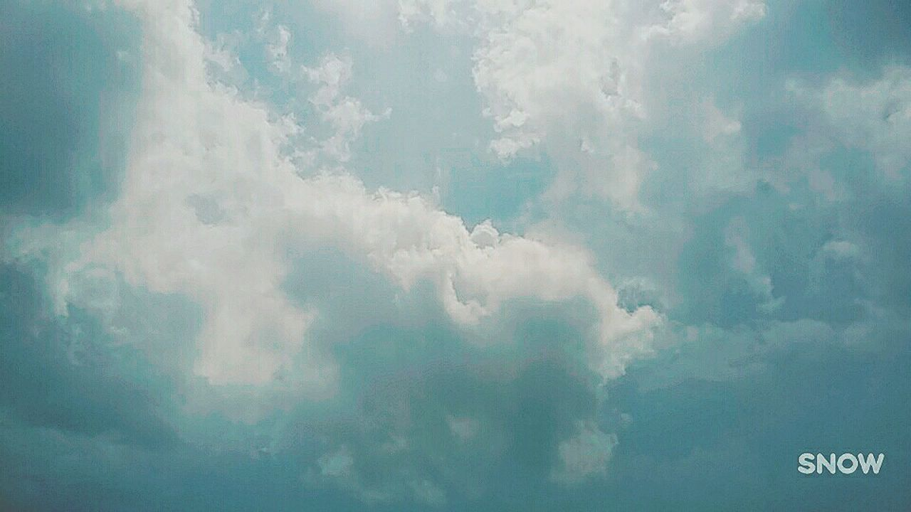 cloud - sky, sky, nature, beauty in nature, day, cloudscape, no people, backgrounds, scenics, outdoors, tranquility, sky only, full frame