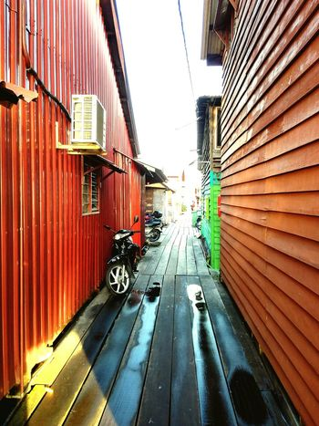 Village Scene Bridgehouse Life In Colors Georgetown Penang Phonecamera FirstEyeEmPic Colorful Peace And Quiet Hope Cultural Heritage