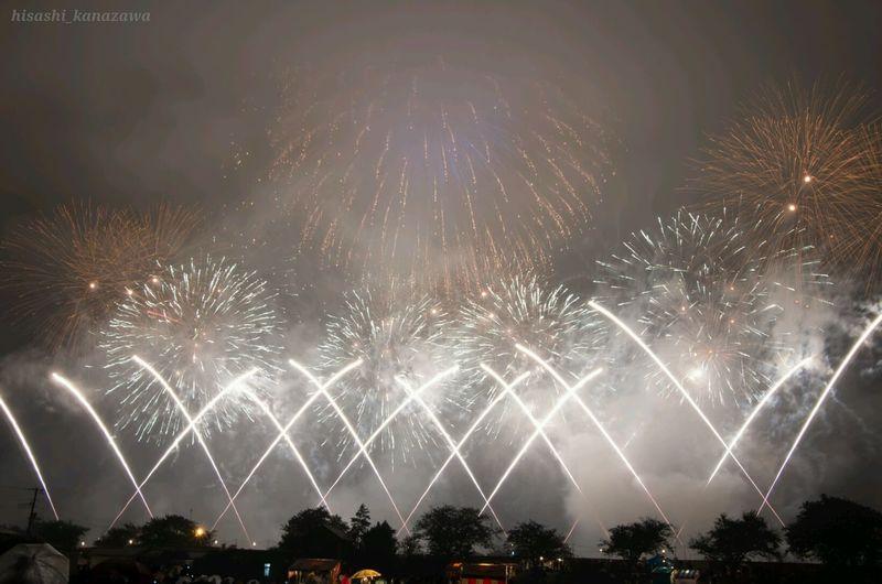 大会の名物?ワイドスターマインってやつ。打ち上げ数はんぱないから煙もはん ぱないw Fireworks Eye4photography  「ため息ばっかり」