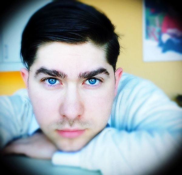 Selfie Blue Eyes Combover