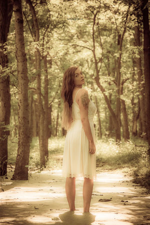 Beautiful Woman Young Women Beautiful People Women Fashion Beauty Young Adult Modelphotography Model Photography Nature Portrait Audubon StateParks The Portraitist - 2017 EyeEm Awards Eye4photography  Kentucky  Fashion Outdoors Nature_collection Nature Collection Statepark Model Models Beauty In Nature Tree