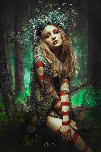 Wood fairy Model Modelmünchen Märchen Fotografieren KC Portraits Freaky