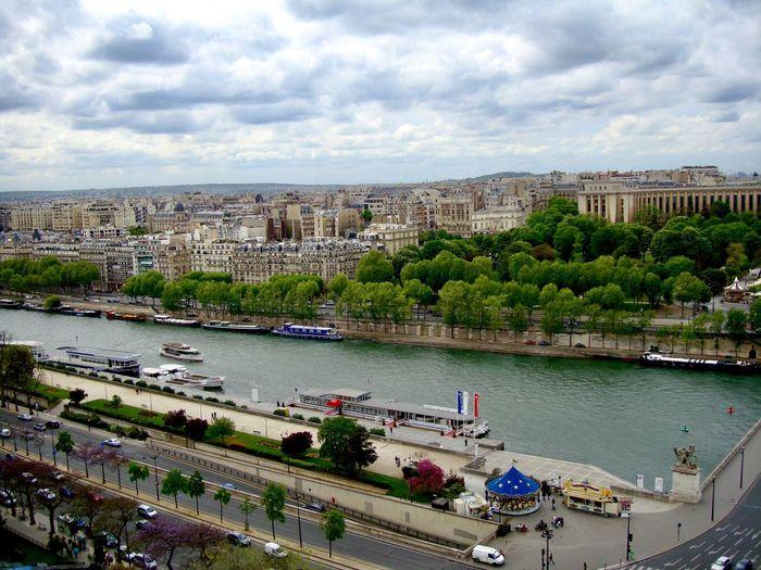 Paris Lake Life Travel France 🇫🇷 Paris, France  Paris ❤ France Travel Photography City Street City Life Water Boat Water Boats⛵️ Outdoors Day