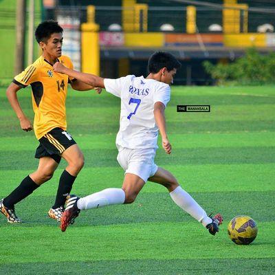 @julianrxs7 ⚽ . . . UAAP Uaap77 Uaapseason77 ADMUvsUST ateneo AdMU UST uste sbspotlight soccerbible football themanansala