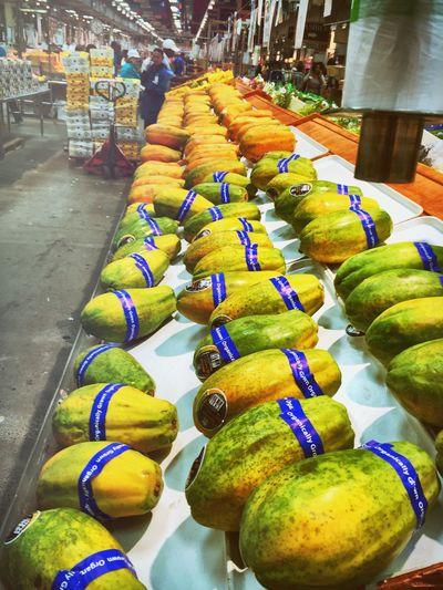 Your Dekalb Farmers Market A World Market Varieties And Choices Super Healthy Foods Healthy Choices Exotic Foods Papayas