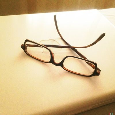 Wo Buddy Holly's Brille jetzt ist. #Hipstamatic #KaimalMarkII #BlankoFreedom13 #PopRox Hipstamatic Poprox Blankofreedom13 Kaimalmarkii