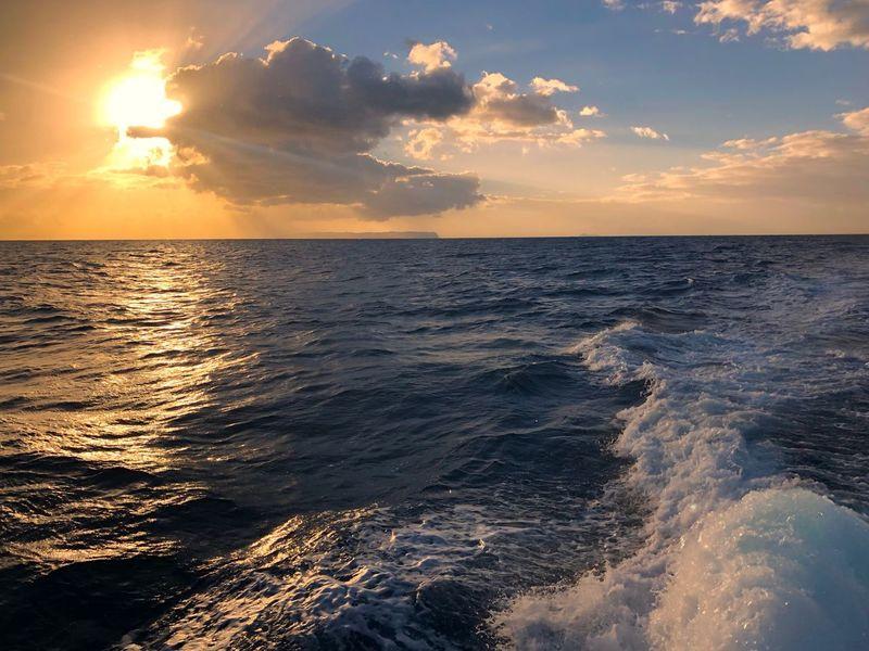 Hawaii Kauai Hawaii Kekaha Pacific Ocean Sea Sunset Water Beauty In Nature Nature Scenics Sun Horizon Over Water Tranquility Tranquil Scene Reflection Sky Outdoors Idyllic Beach No People Sunlight Wave