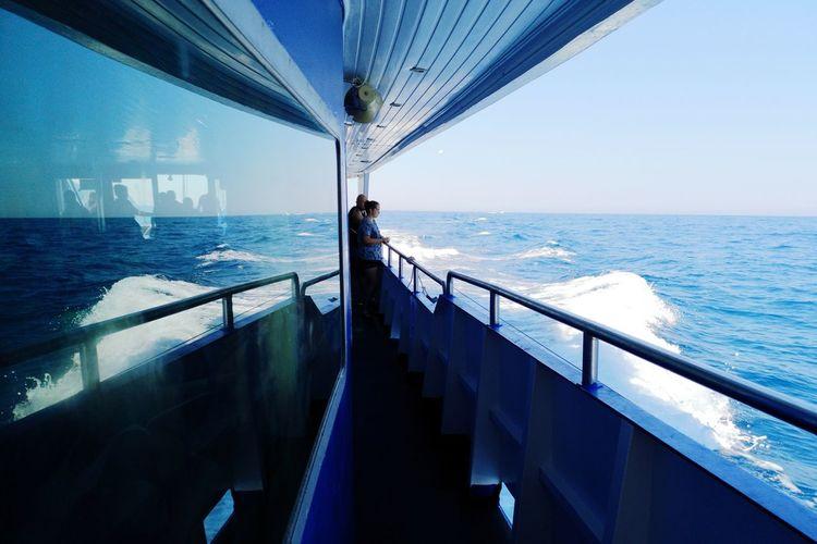 🌊🌊🌊 Greece Huawei Huaweip20pro Water Sea Blue Sky Horizon Over Water Boat Deck Cruise Ship Cruise Yachting Yacht Boat Captain Helm Rudder