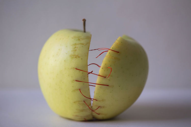 Food Yellow Red Still Life Apple Apple - Fruit Thread Needle Weaving Sewing Tailor Ripe Genetic Research Juicy Genetic Modification My Best Photo
