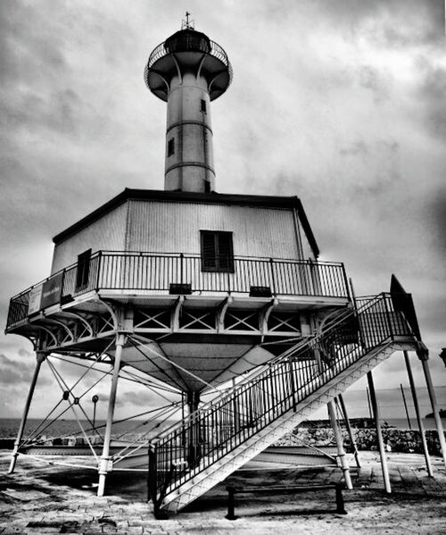 Port HDR Canon Black And White Black & White Old Lighthouse Lighthouse Lighthouse_lovers Lighthouse_captures Learn & Shoot: Leading Lines Monochrome Photography